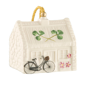 [Belleek] Nell's Cottage Ornament